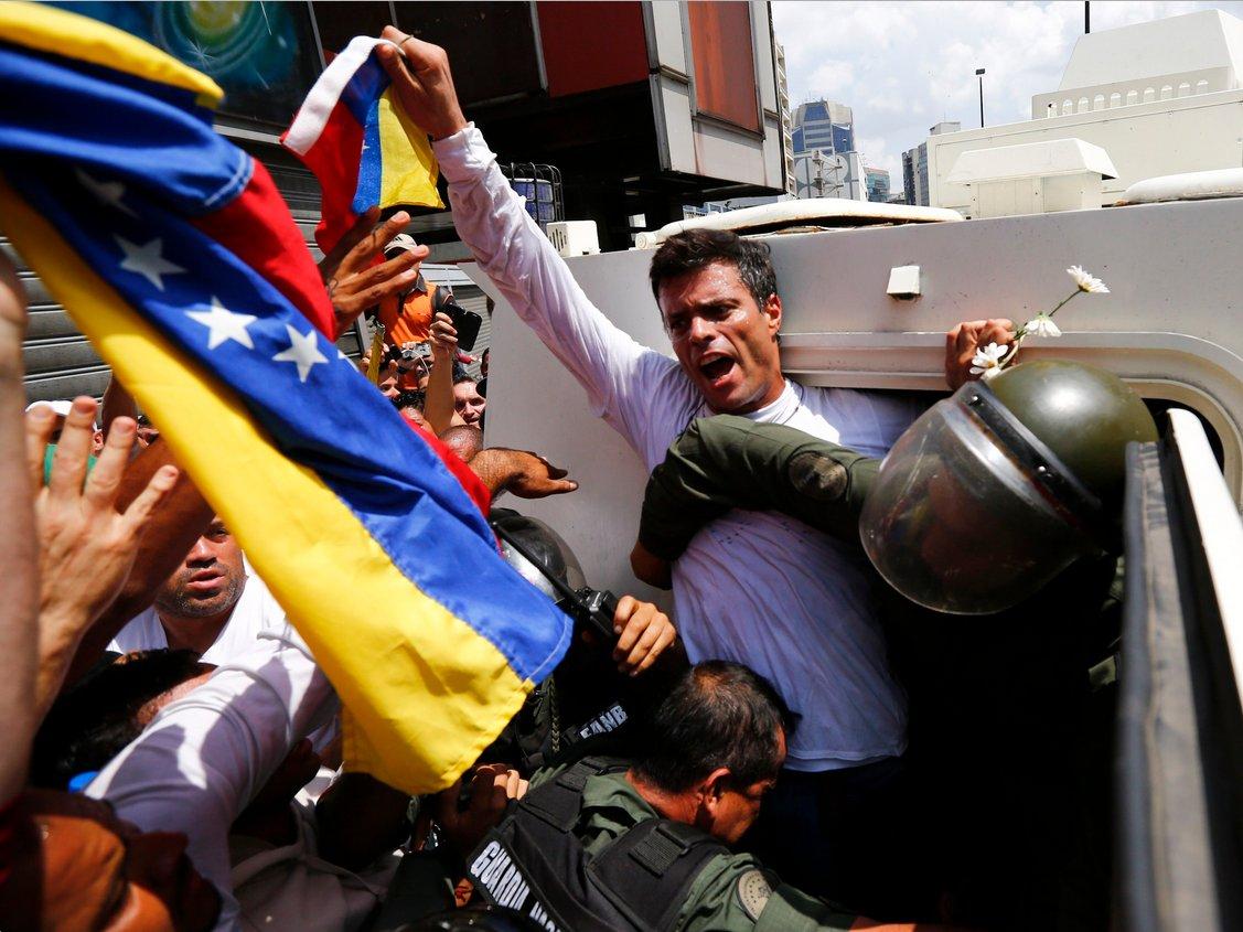 Uhićenje Leopolda Lopeza. Reuters